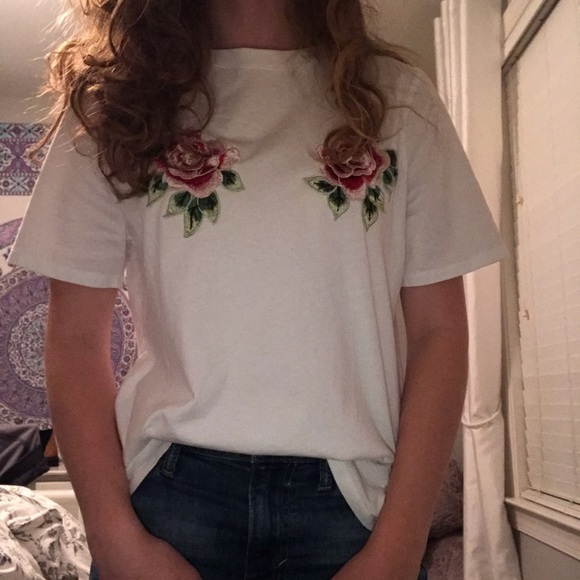 e0febaed36825a H&M Tops | H M Embroidered Floral Crop Top | Poshmark